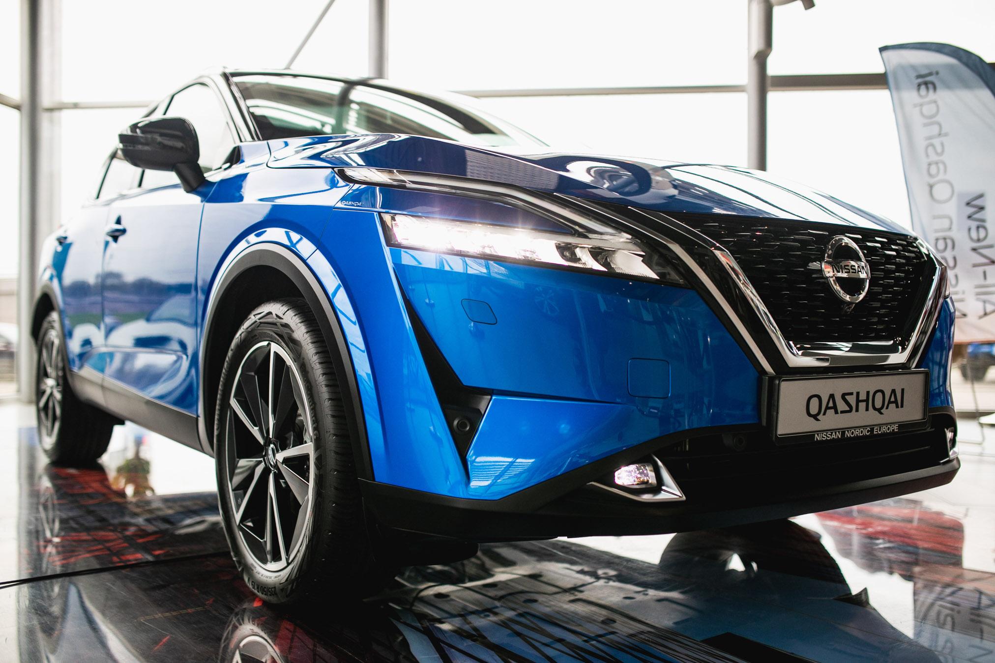 """""""Nissan"""" paskelbė naujojo """"Qashqai"""" kainas Lietuvoje. Populiarusis krosoveris kainuos nuo 23 350 eurų"""